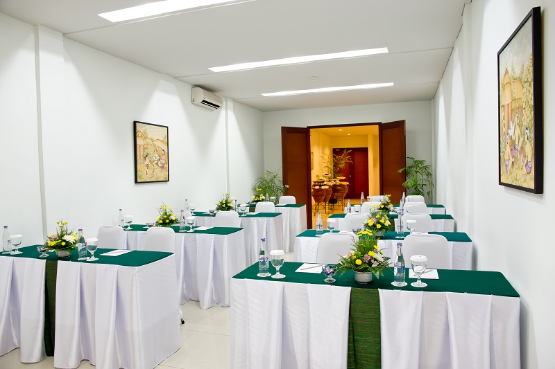 Anggrek Room